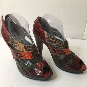 Dollhouse Theo Multicolor Peep Toe Heels